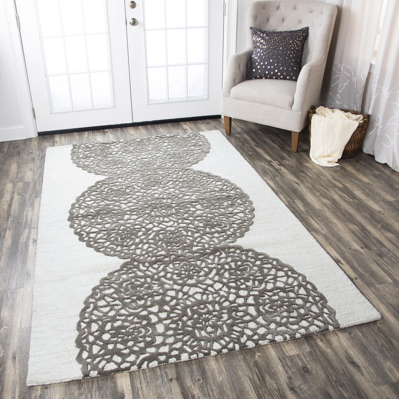 Dimensions Embossed Medallion Wool Round Rug In White