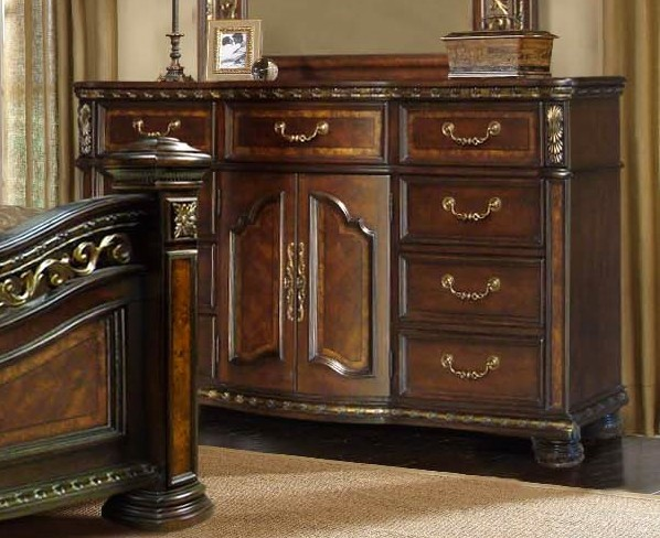 Dorada Traditional 9-drawer Dresser In Two-tone Finish & Antique Brass