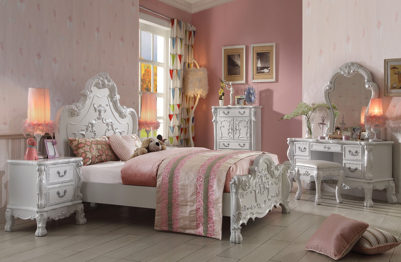 Dresden Kids 3 Pc Traditional Ornate Queen Panel Bed Set In Antique White