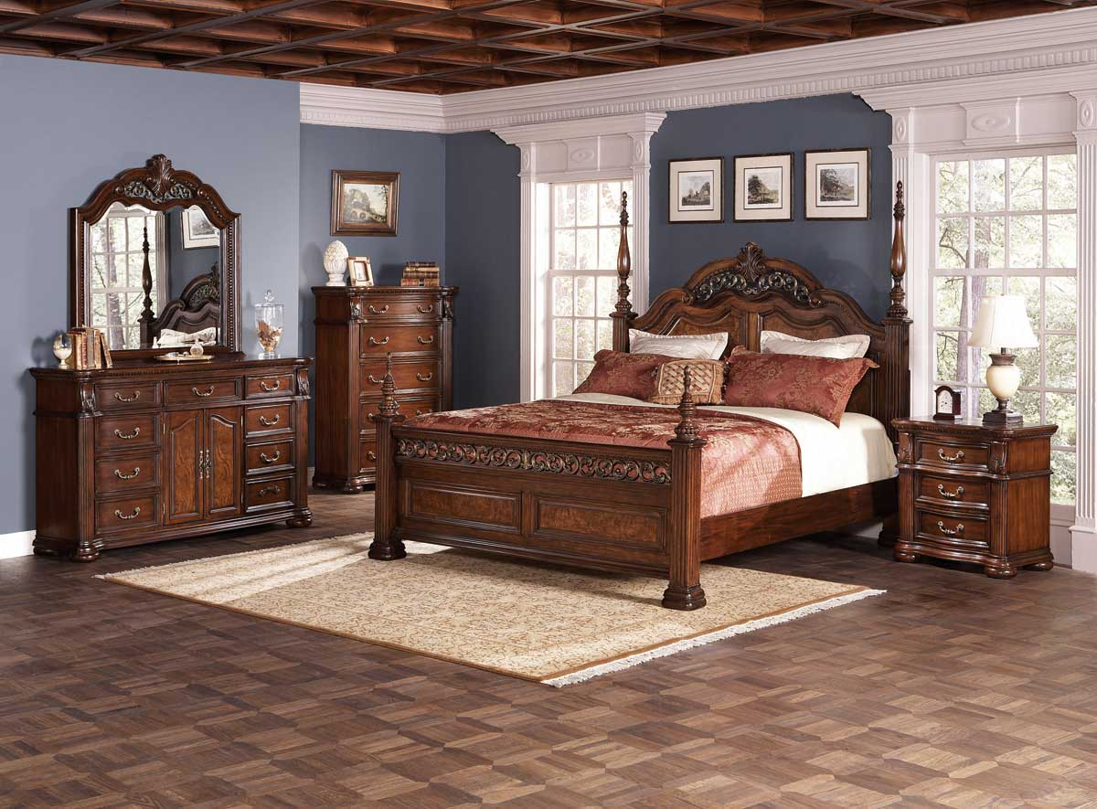 Bedroom furniture sets queen king for Traditional bedroom furniture