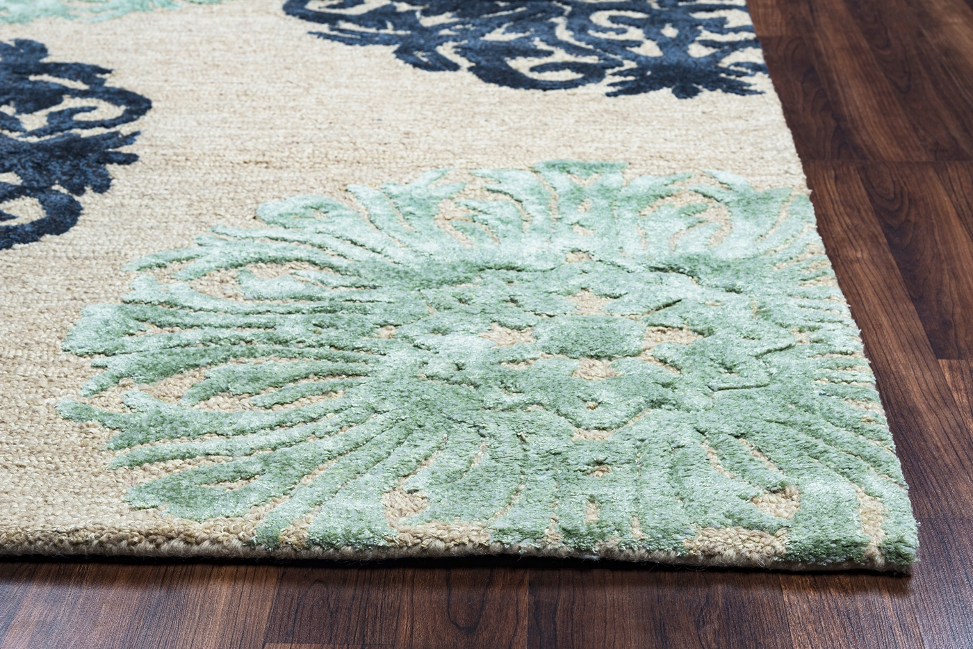 Eden Harbor Ornate Medallion Wool Area Rug In Off White