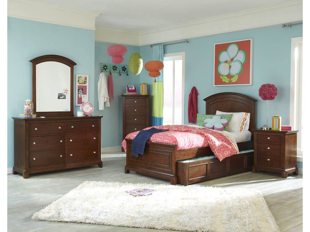 Impressions Classic Clear Cherry Panel Twin Youth Bed