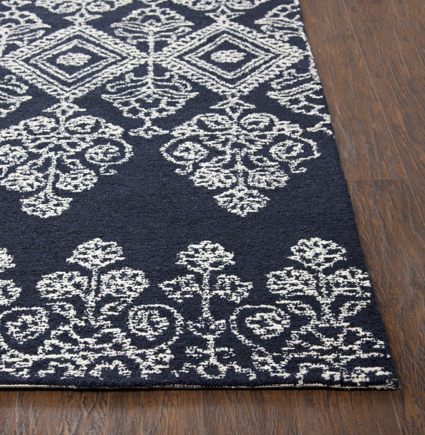 Woolrich Blue And White Floral Rug: Legacy Intricate Floral Diamond Wool Area Rug In Blue