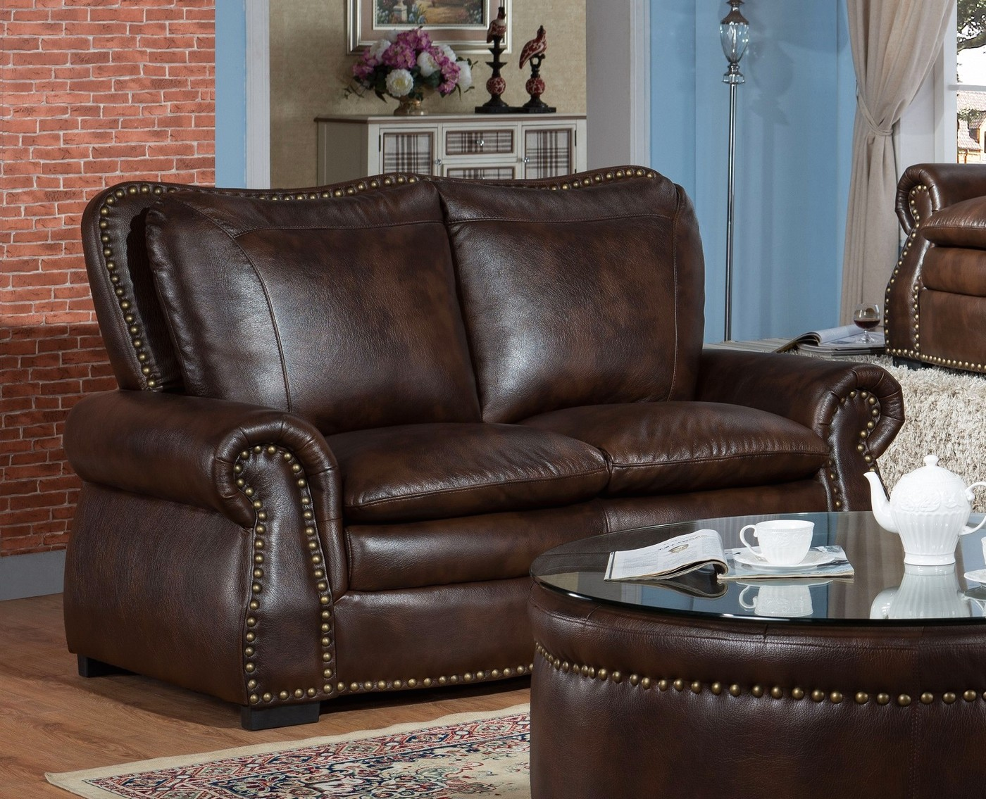 Lincoln Traditional Brown Sofa Amp Loveseat Set In Leather