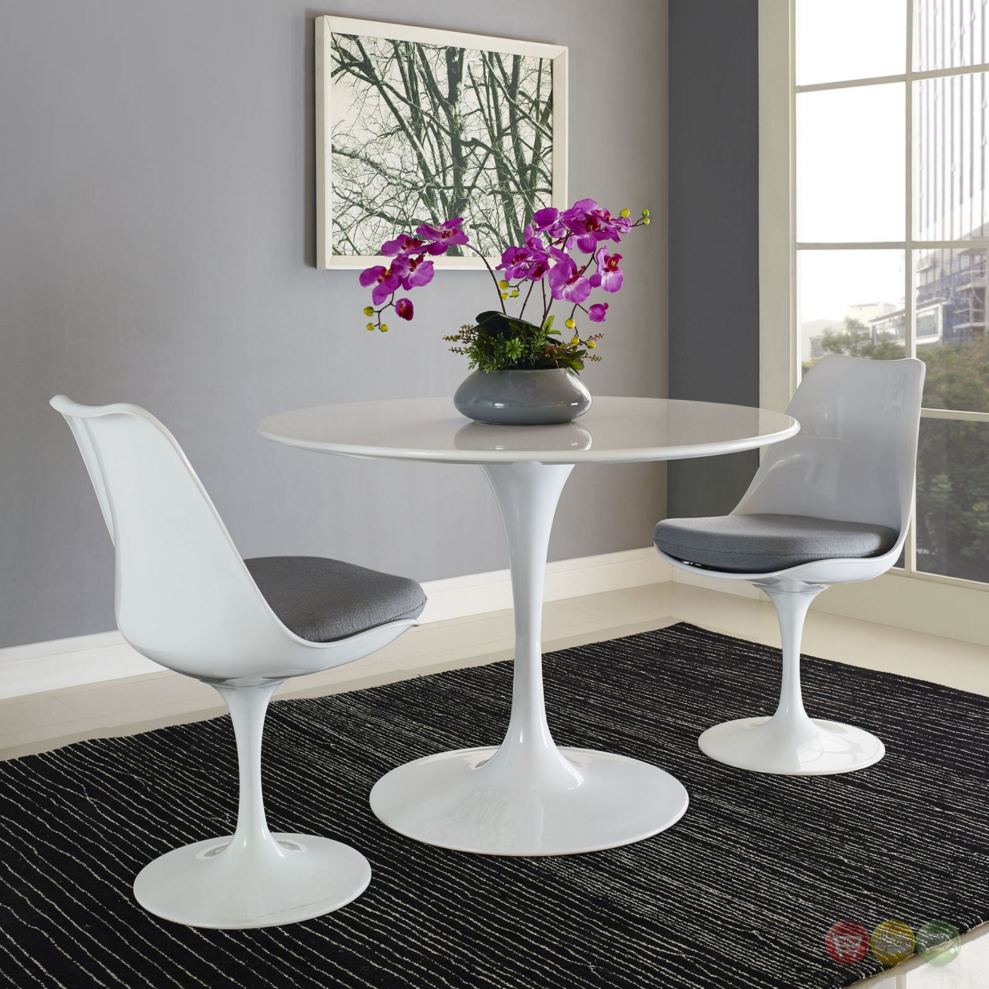 lippa modern 40 round wood top dining table w lacquered finish white. Black Bedroom Furniture Sets. Home Design Ideas