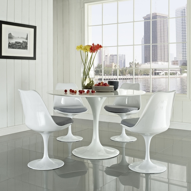 Lippa Modern 5 Piece Fiberglass Dining Set With Lacquered Finish, Gray