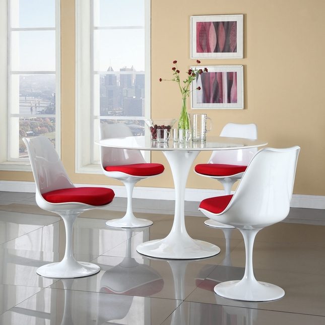 Lippa Modern 5 Piece Fiberglass Dining Set With Lacquered Finish, Red