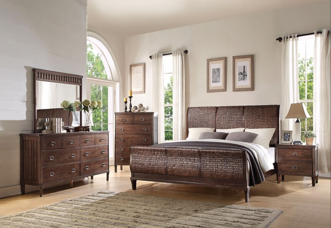 Maahir Transitional 4-pc Wicker King Bed Set with Cherry Oak Finish