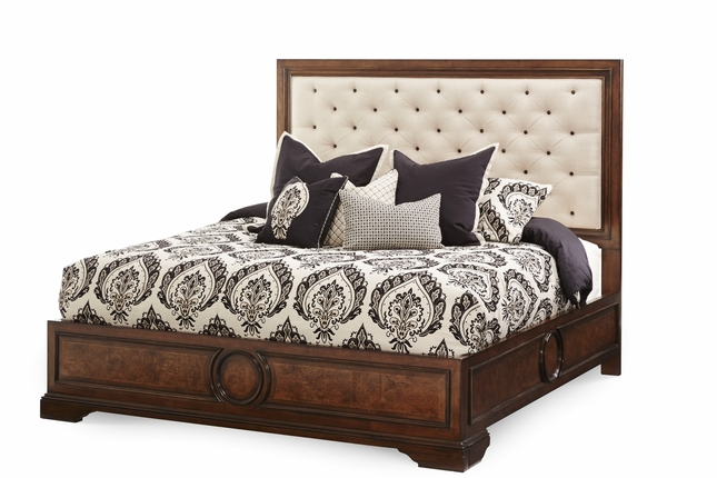 Michael Amini Bella Cera Fabric California King Panel Bed by AICO