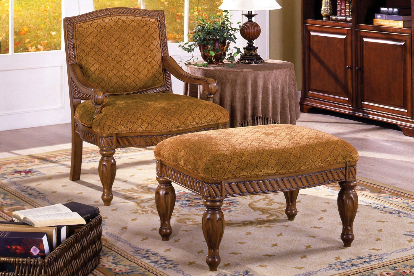 Nottingham Antique Oak Accent Chair With Padded Fabric
