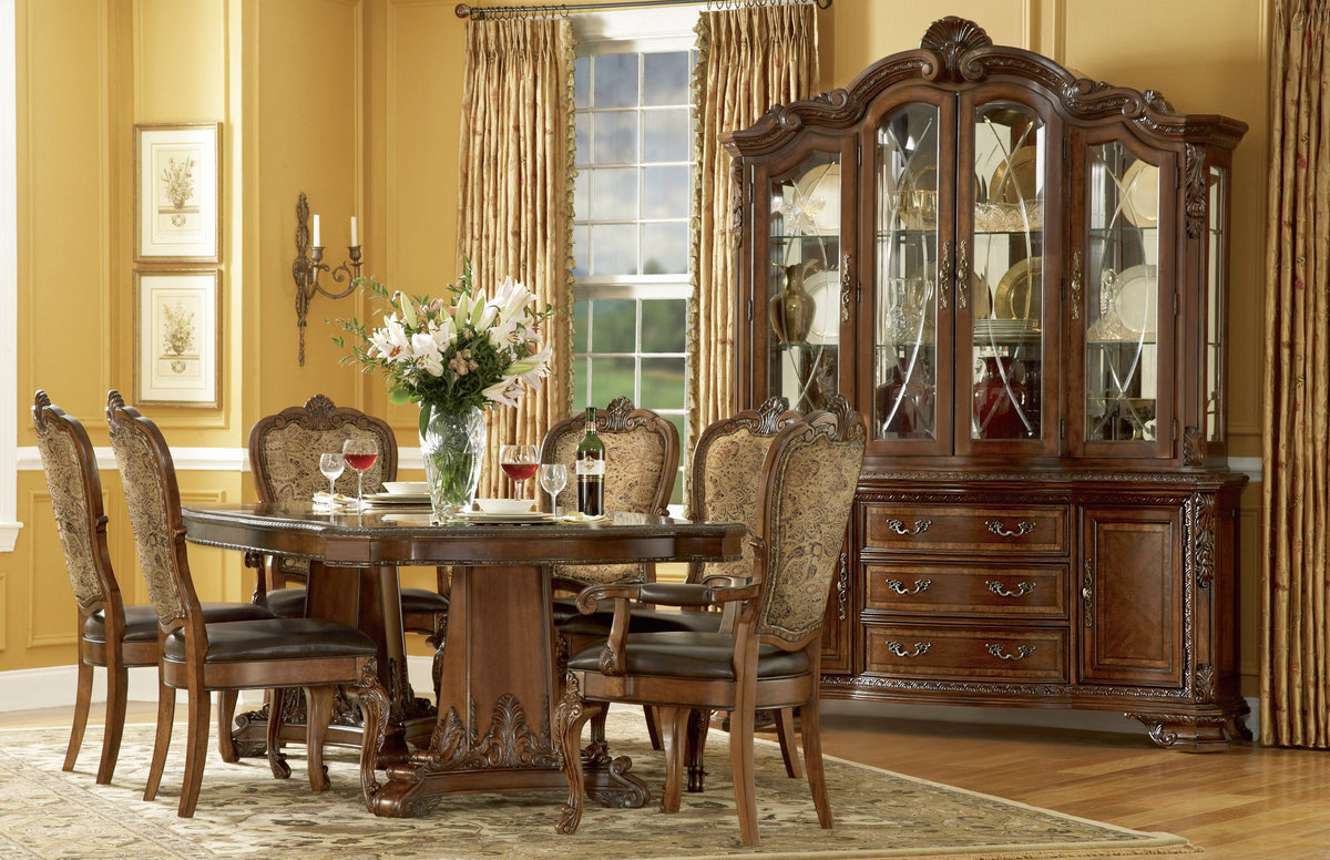 Old world formal dining room furniture pedestal table for Elegant dining room furniture