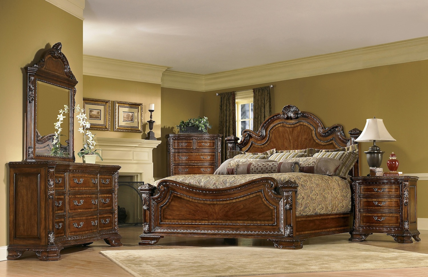 Old world traditional european style bedroom furniture set for Old world style beds
