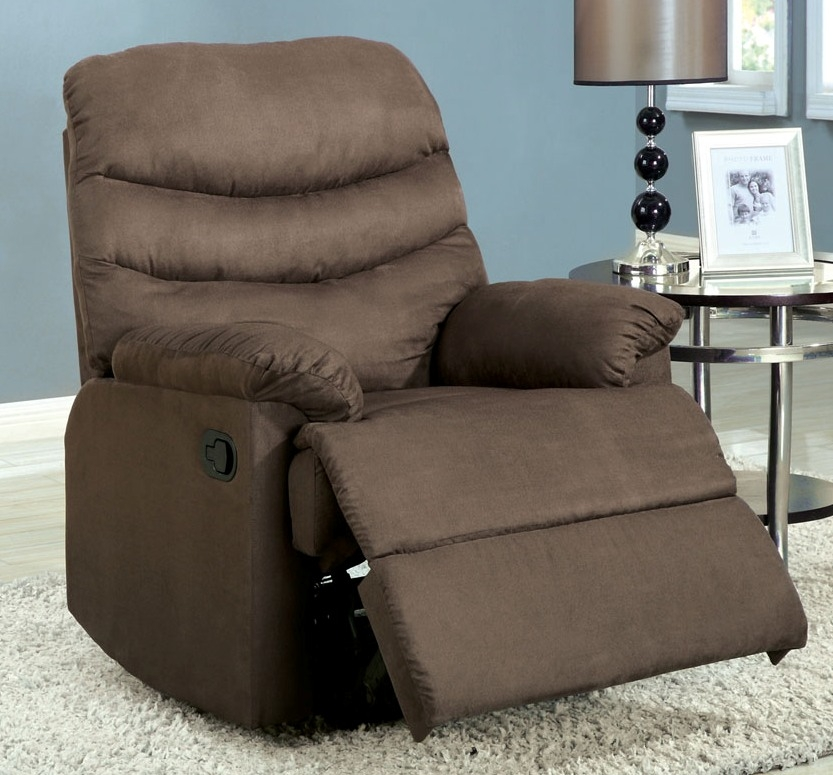 Pleasant Valley Coffee Brown Recliner Chair With Plush