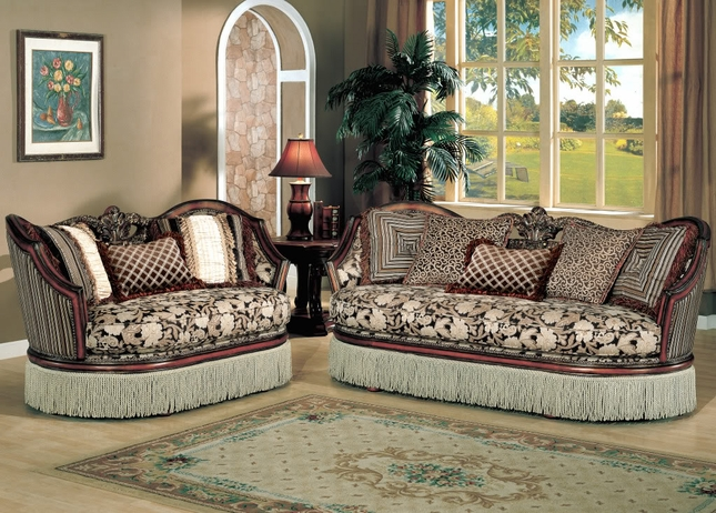 Santiago Luxurious Traditional Formal Living Room Furniture Set