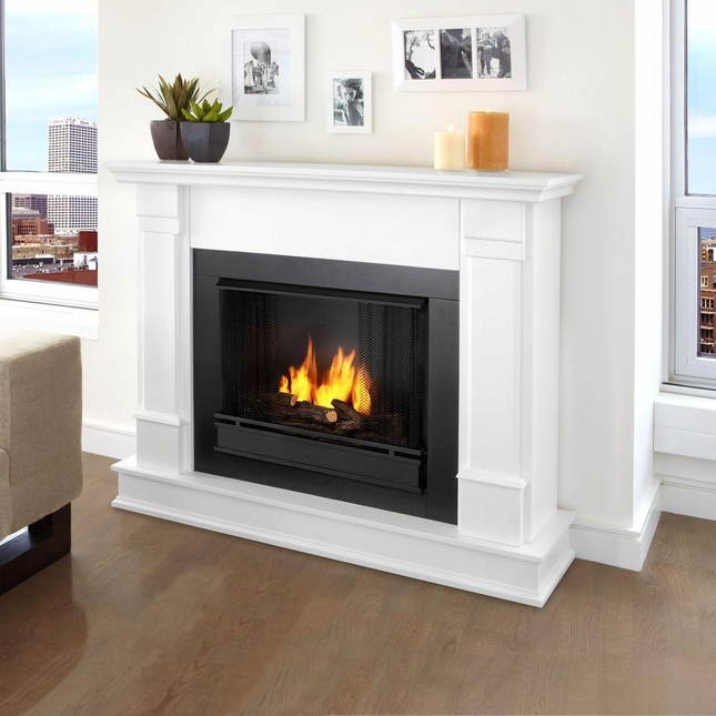Silverton Ventless Gel Fireplace In White With Cast Logs, 48x41