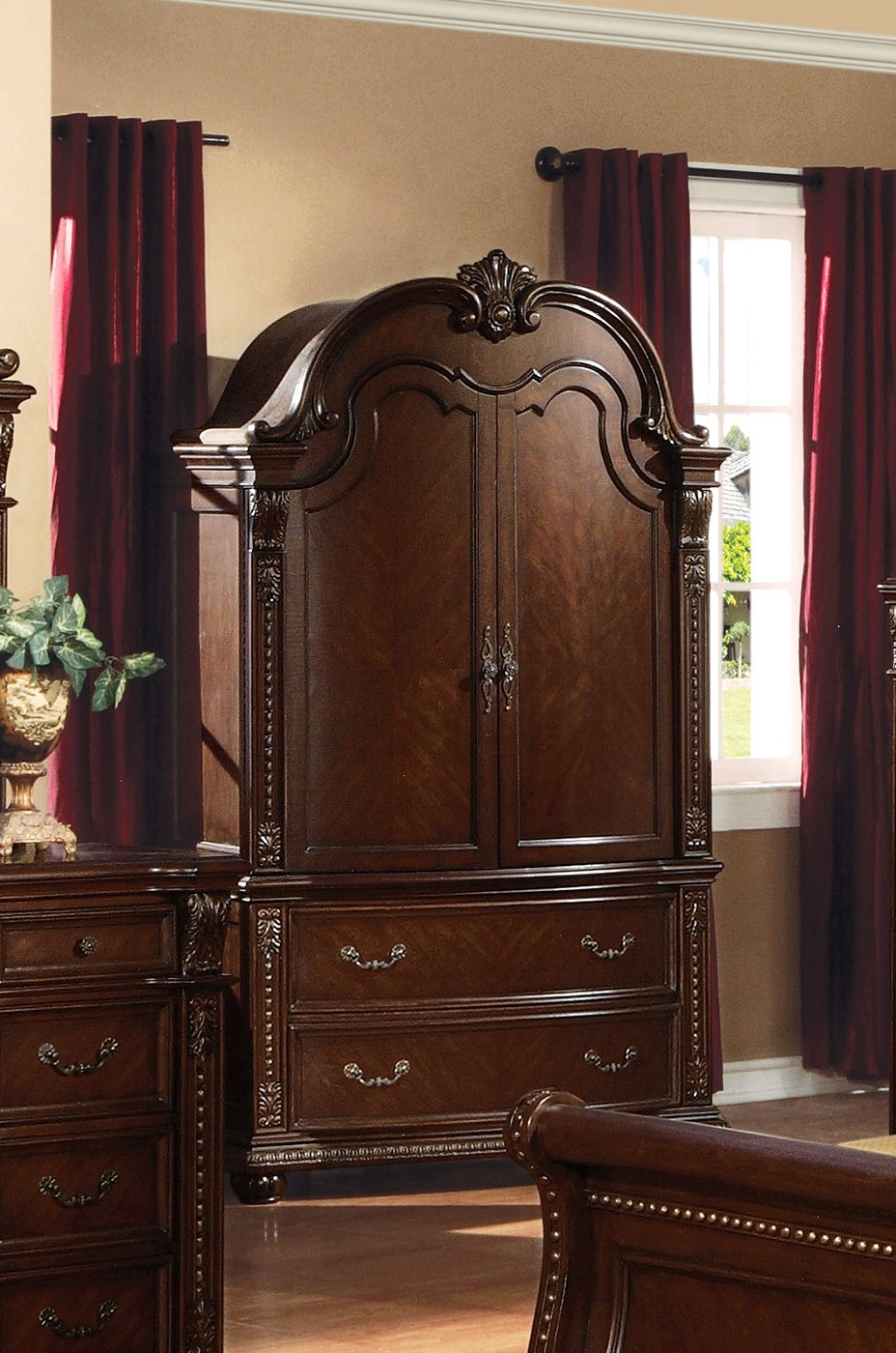 Sunderland Traditional Media Armoire With Hanging Rod In