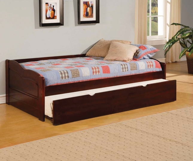 Sunset Low Profile Platform Daybed with Twin Trundle in Cherry Finish
