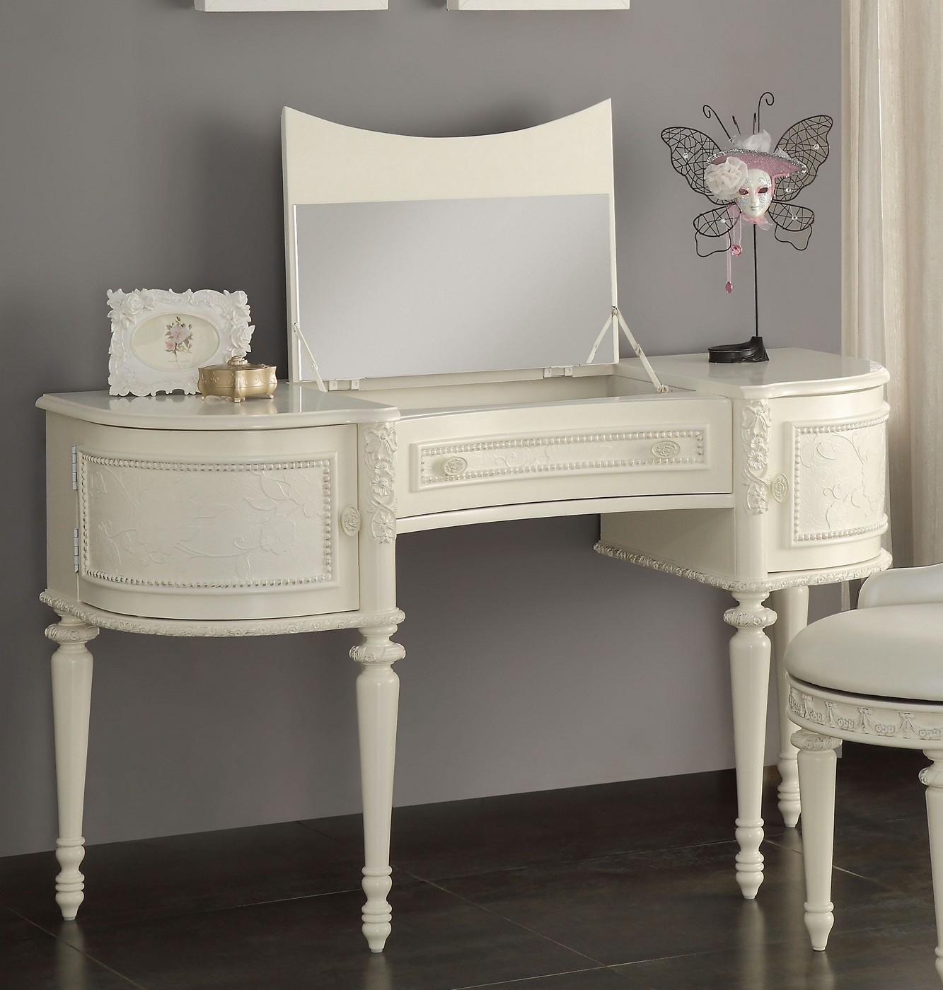 Susana Kids Traditional Girl's Youth Vanity Desk w/ Mirror ...