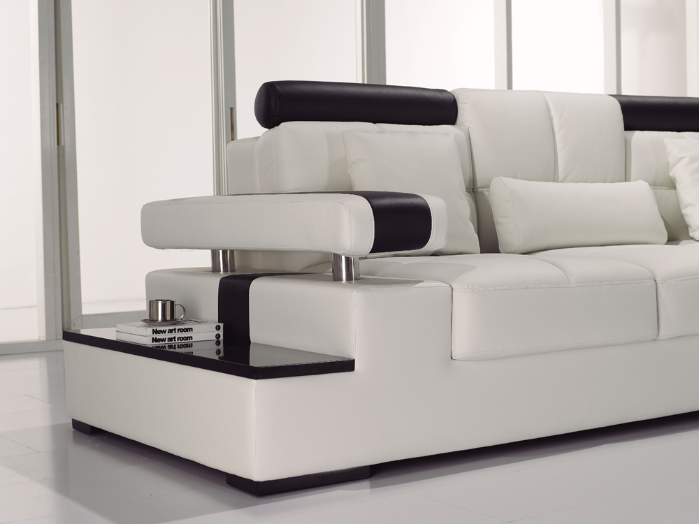 Contemporary black white italian leather sectional sofa t117 for Contemporary leather furniture