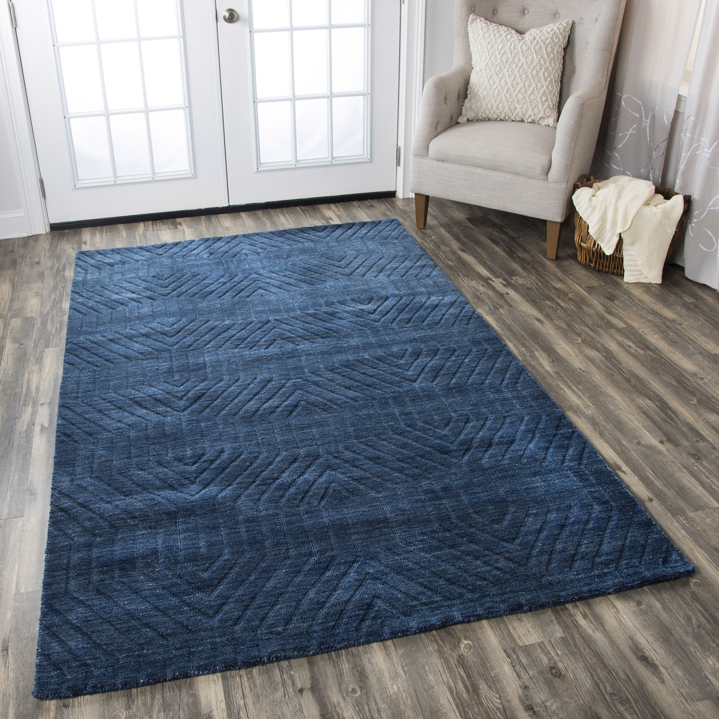 technique faded ornamental wool area rug in navy 9 39 x 12 39. Black Bedroom Furniture Sets. Home Design Ideas