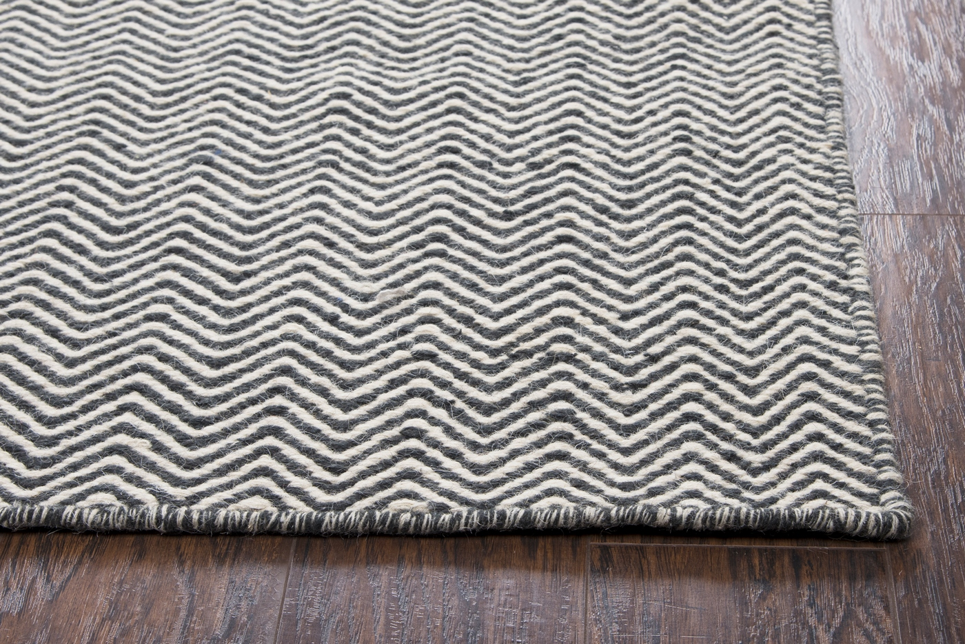 Twist Basic Chevron Wool Area Rug In Black Amp Off White 9