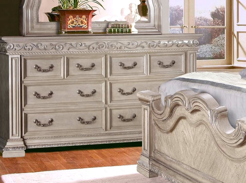 Valentine antique style 4 pc king bedroom set in antique - White vintage bedroom furniture sets ...