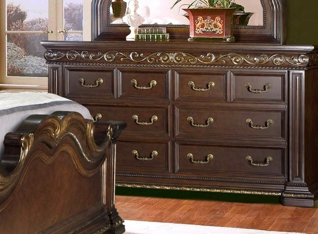 Valentine Antique Style 8-drawer Dresser In Dark Brown And Gold Finish