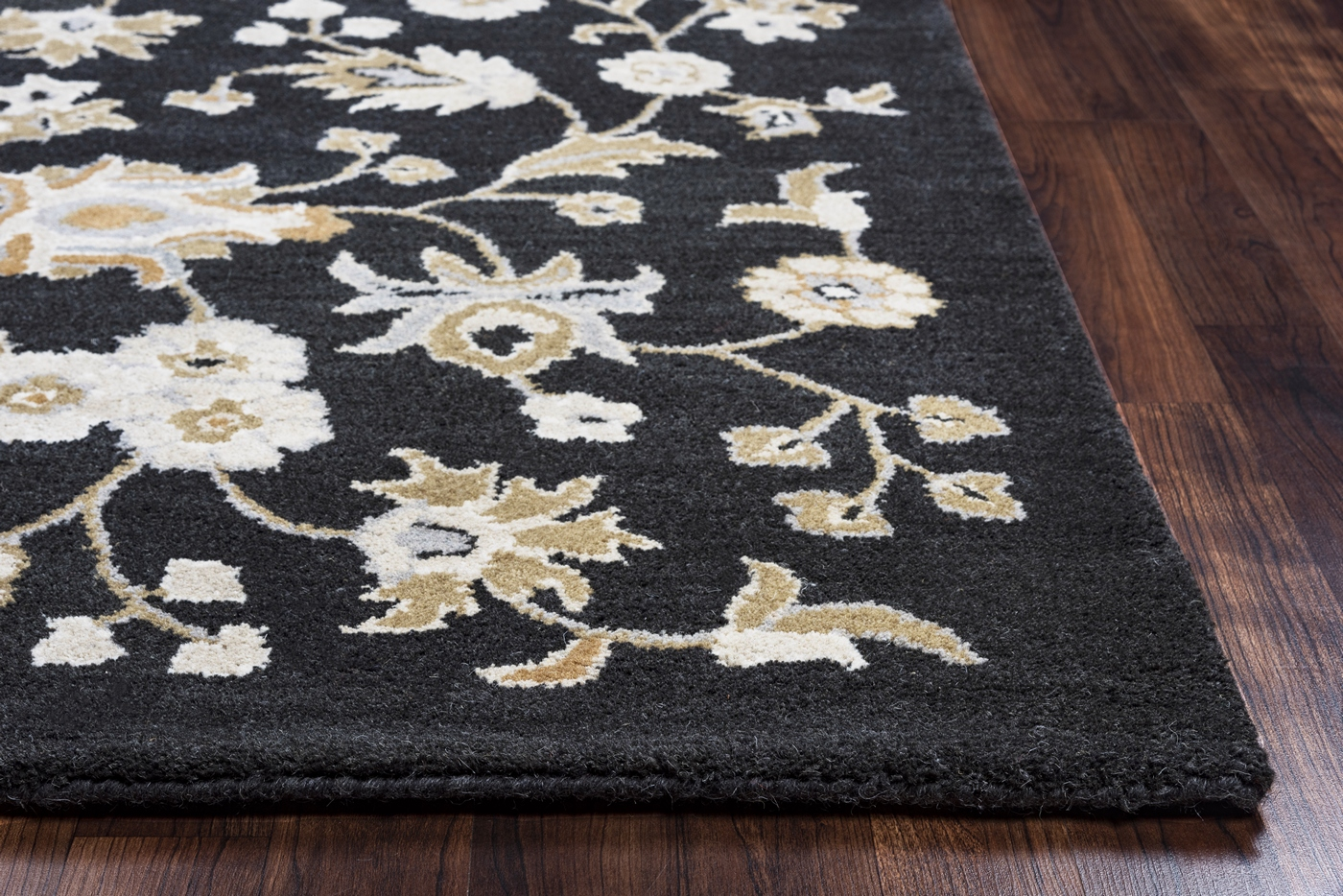 Valintino Ornate Floral Pattern Wool Area Rug In Black