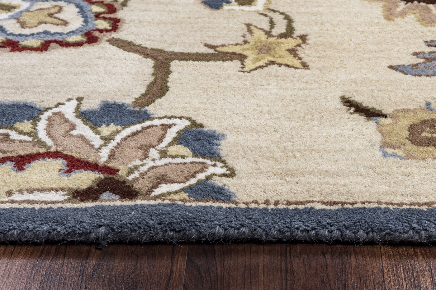 Valintino Ornate Vine Mums Wool Area Rug In Beige Blue