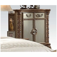 Vendome Traditional 3-Drawer Chest In Gold Patina And Carved Details