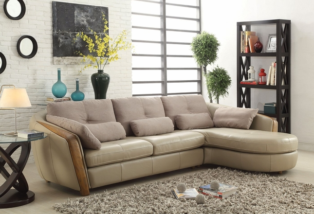 Wadley Modern Sectional Sofa in Taupe Top Grain Leather with Accent Pillows
