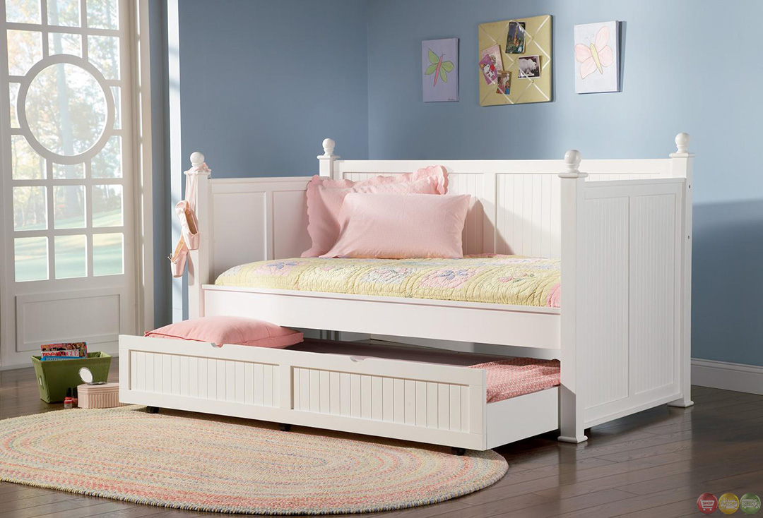 white twin daybed with pull out trundle bed. Black Bedroom Furniture Sets. Home Design Ideas