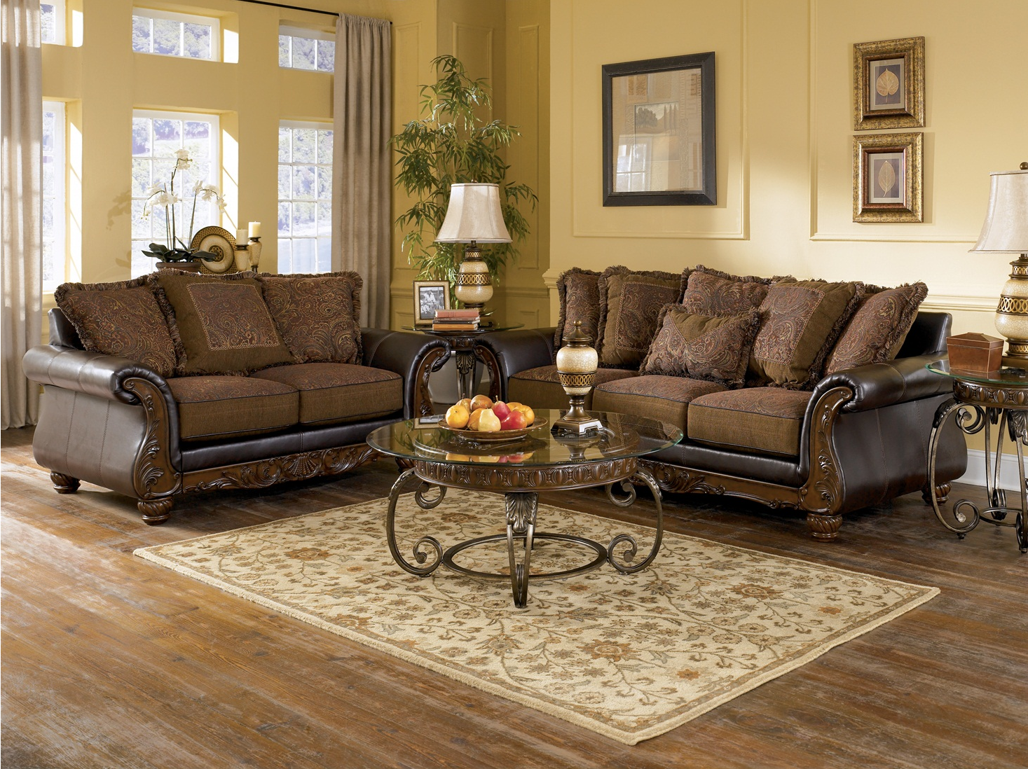 Wilmington traditional living room furniture set by ashley for Living room farnichar