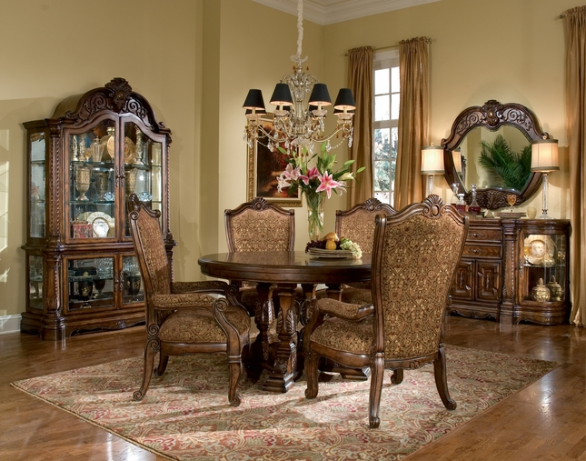 Michael Amini Windsor Court Fruitwood Traditional Round Table Dining Set by AICO