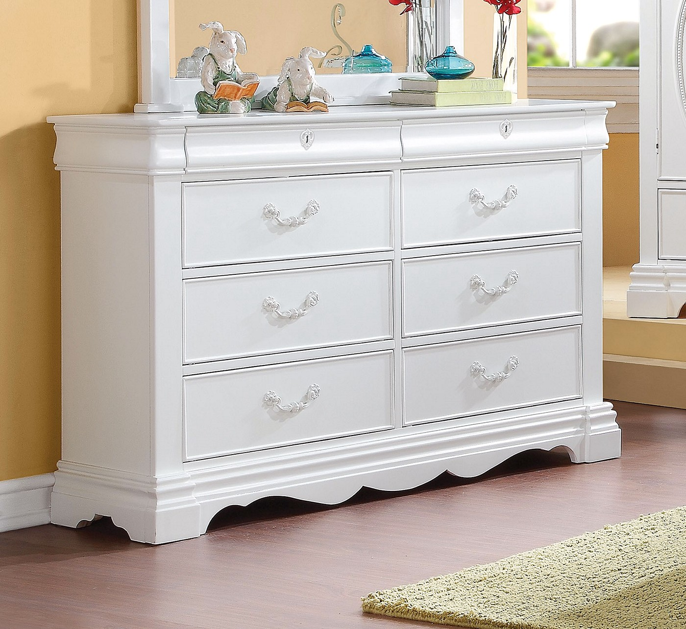Yuna Kids Classic Girl S 8 Drawer Dresser In White Finish