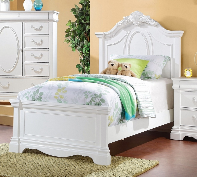 Yuna Kids Classic Girl's Twin Panel Bed w/ Carved Accents in White Finish