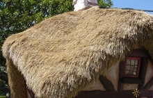 4ft x 27ft Palm Grass Tiki Thatch Roll