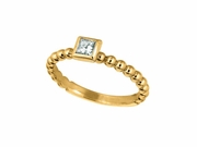 Princess cut diamond bezel set ring