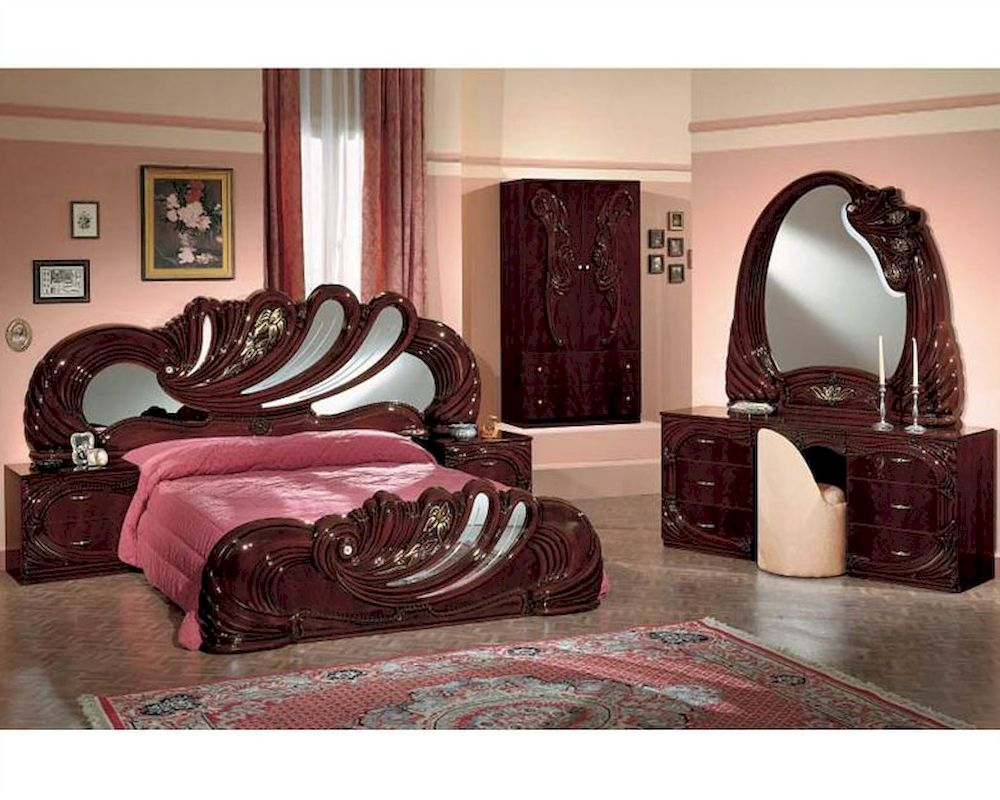 classic bedroom set mahogany finish made in italy 44b8411m. Black Bedroom Furniture Sets. Home Design Ideas