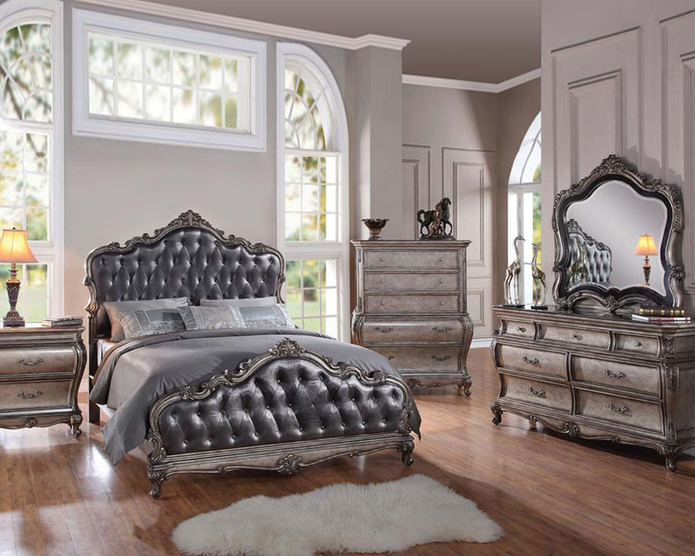 Classic style bedroom set chantelle by acme furniture for Bedroom furniture set