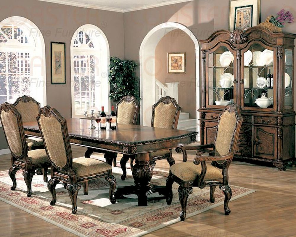 Dining room set in brown cherry for Cherry dining room set