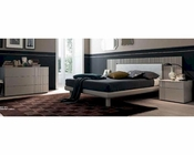 Contemporary Bed w/ Lights in Tortora Finish 44B125BD