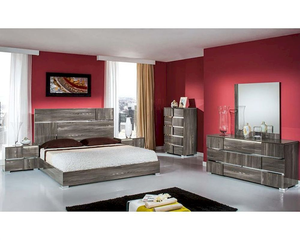 Contemporary Italian Bedroom Set in Grey Lacquer 44B108SET