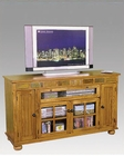 Distressed Oak TV Console SU-2728RO
