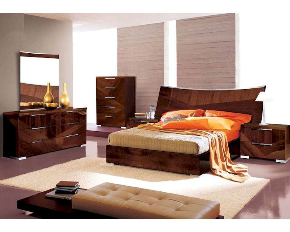 Modern bedroom set in high gloss walnut finish 33b171 for High gloss bedroom furniture