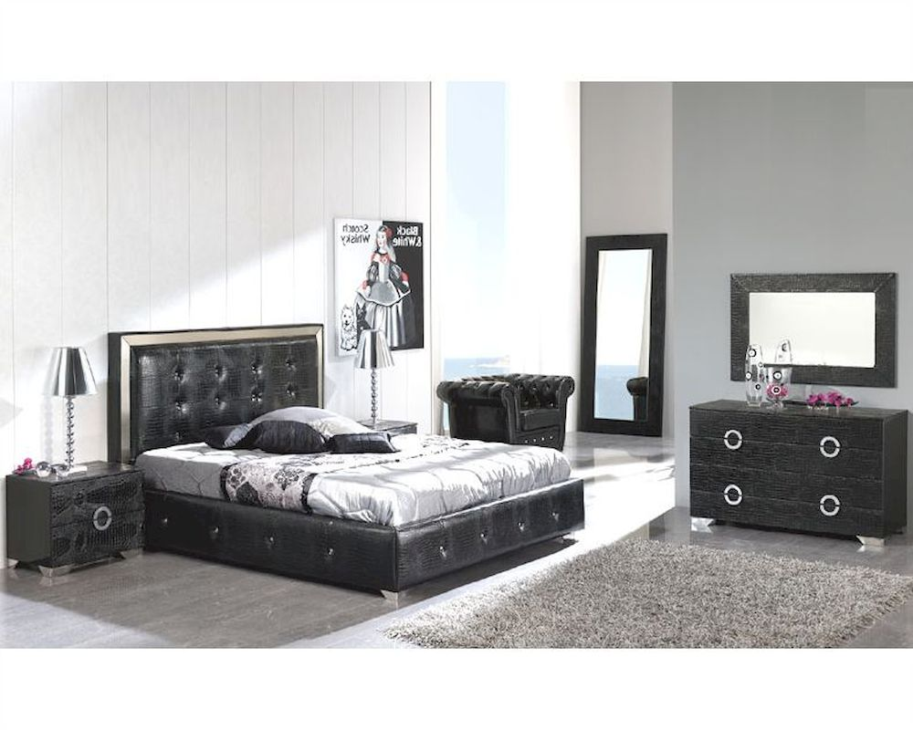 Modern bedroom set valencia in black made in spain 33b251 for Modern bedroom sets