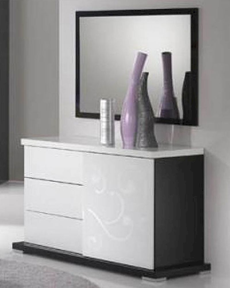 Modern High Gloss Finish Dresser And Mirror Made In Italy