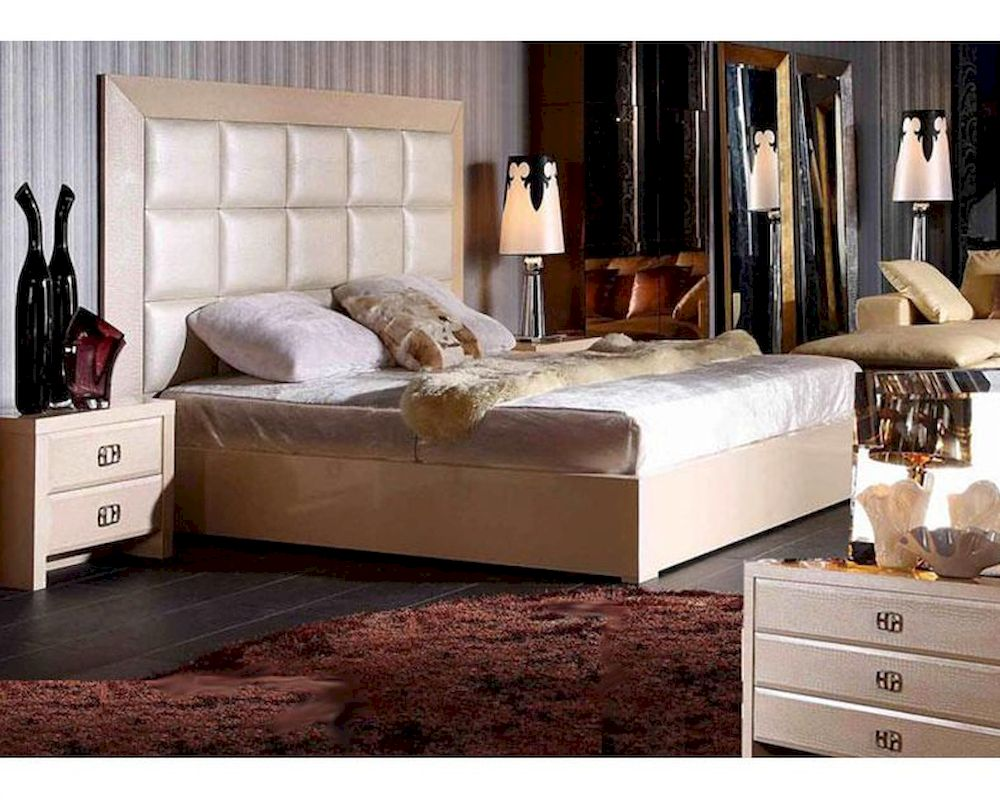 Modern style champagne bedroom set 44b220set for New style bedroom sets