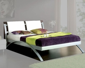 Modern Upholstered Platform Bed Nita in White Made in Spain 33B342