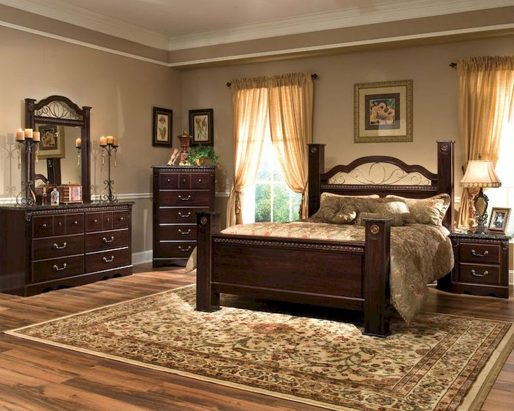 Standard furniture poster bedroom set sorrento st 4000set for Normal bedroom designs